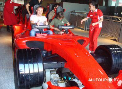 Самые быстрые американские горки в Ferrari World Абу Даби