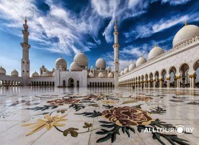 Соборная мечеть-в-Абу-Даби.