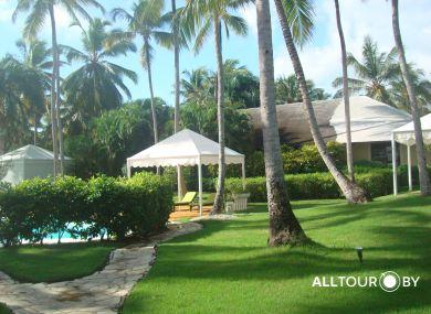 Территория нашего отеля в Доминикане