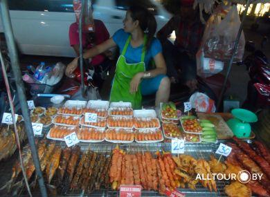Уличная еда в Таиланде вполне безопасна